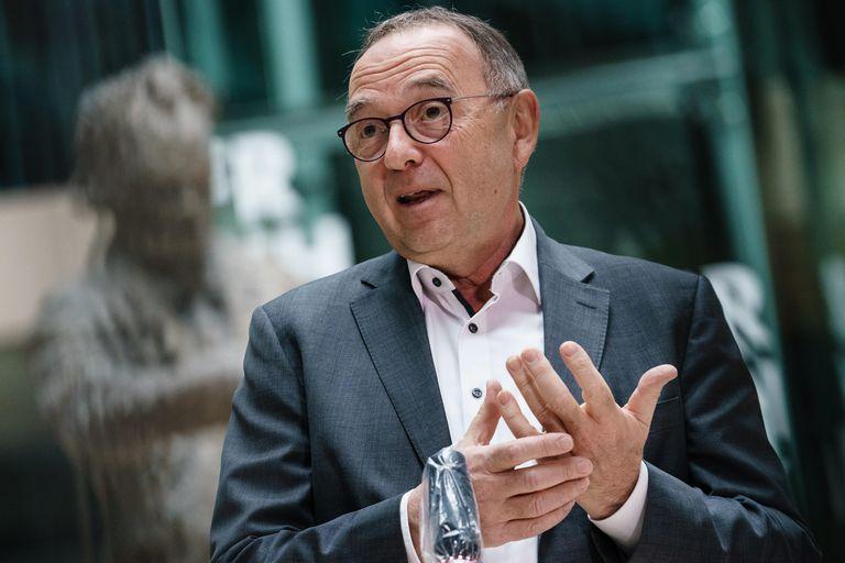 El copresidente del partido socialdemócrata alemán, Norbert Walter-Borjans, durante una conferencia de prensa en Berlín esta semana.