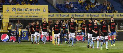 """El Celta saltó al campo con unas camisetas que exhibían la leyenda """"Dor e rabia"""" (""""Dolor y rabia"""") tras la oleada de incendios que asoló Galicia el pasado fin de semana."""