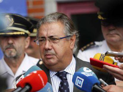 Según el ministro del Interior, 10.751 inmigrantes han entrado de manera irregular en España por vía marítima y terrestre, un 104,2% más que en el mismo periodo de 2016