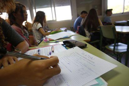 Apuntes de Historia de la Filosofía de un alumno del IES El Espinillo de Madrid.