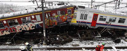 Dos trenes colisionan en Halle, localidad al suroeste de Bruselas.