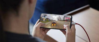 Los modos para gaming optimizan la batería y la pantalla, e incluyen un nuevo motor de vibración.