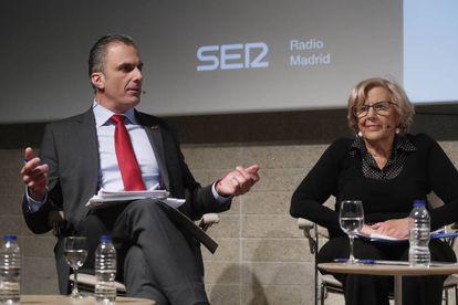 Javier Ortega Smith y Manuela Carmena, durante el debate previo a las elecciones municipales organizado este lunes por EL PAÍS y la Cadena SER.