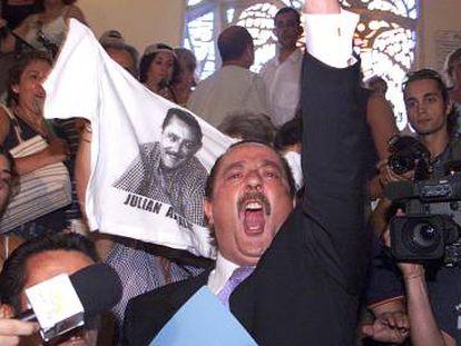 Julián Muñoz, tras ser desbancado de la Alcadía de Marbella en 2003.