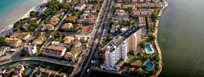 Urbanización en Alcùdia, en la costa de Mallorca.