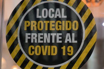 Un local que acredita estar protegida contra la covid-19, en Madrid.