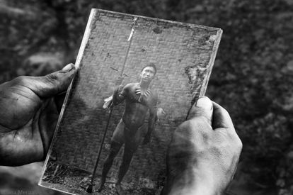 Fotograma de la cinta, rodada íntegramente en blanco y negro.