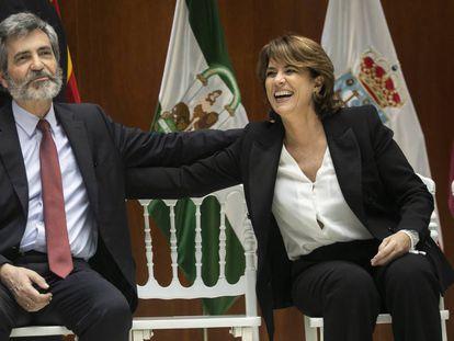 El presidente del Supremo, Carlos Lesmes, y la fiscal general, Dolores Delgado, durante un acto en septiembre de 2019, cuando ella era ministra de Justicia.