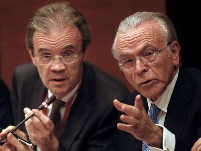El presidente de Caixabank, Jordi Gual, y el de la Fundación Bancaria La Caixa, Isidre Fainé.