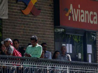 Las compañías se suman a las anulaciones anunciadas esta semana por Avianca y Delta