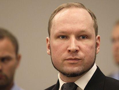 FOTO: Anders Breivik durante su juicio en 2012.
