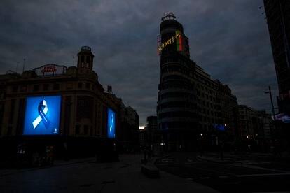 Imagen de la Gran Vía (Madrid) vacía el 22 de abril.