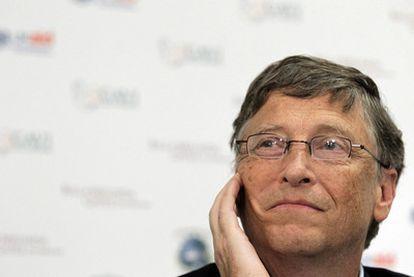 El magnate de Microsoft y copresidente de la fundación Bill y Melinga Gates, el estadounidense Bill Gates habla de la donación de mil millones de dólares ( 695 millones de euros apróximadamente) en nombre de la fundación Bill y Melinda Gates a GAVI ( La alianza global para vacunas e inmunizaciones) con el objetivo de incrementar su trabajo, en una rueda de prensa en la sede de GAVI en Londres, Reino Unido, hoy lunes 13 de junio de 2011