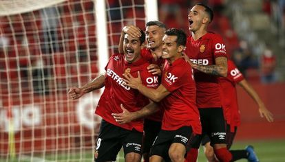 RCD Mallorca players celebrate a goal