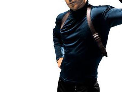 Miguel Ángel Silvestre resucita a Steve McQueen en el póster de 'Bullitt'