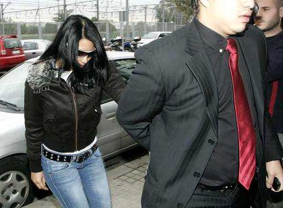 La joven ecuatoriana, el pasado jueves, a su llegada al juzgado de Sant Boi.