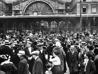 Movilización en la estación de París Este, cinco días después del estallido de la I Guerra Mundial.