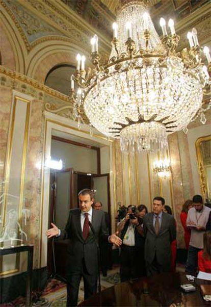 El presidente José Luis Rodríguez Zapatero, en el Congreso.