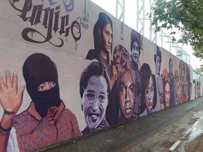 El mural feminista de Ciudad Lineal que incluye a 15 mujeres que han contribuido a la igualdad. UNLOGIC CREW