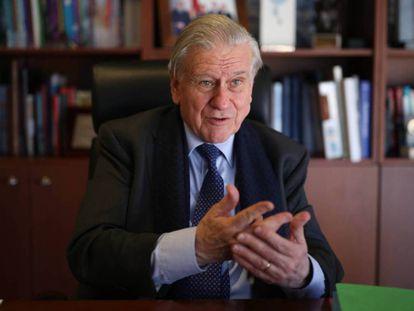El cardiólogo Valentín Fuster, en una imagen reciente en su despacho.