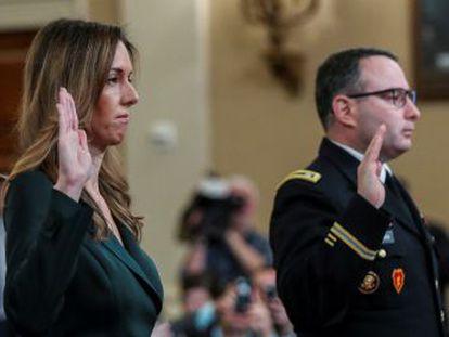 El teniente coronel Alexander Vindman y la asesora del vicepresidente Jennifer Williams arrancan una intensa jornada de audiencias públicas en el  impeachment