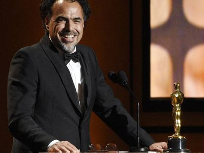 González Iñárritu recoge el premio.