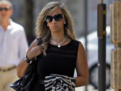 Cristina Serrano, ayer en Valencia a su llegada al Tribunal Superior de Justicia.