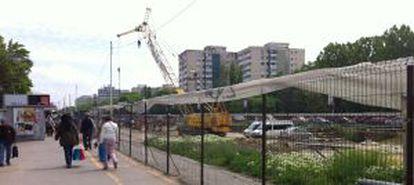 Las obras del metro invaden toda la avenida principal de Drumul Tabereri.