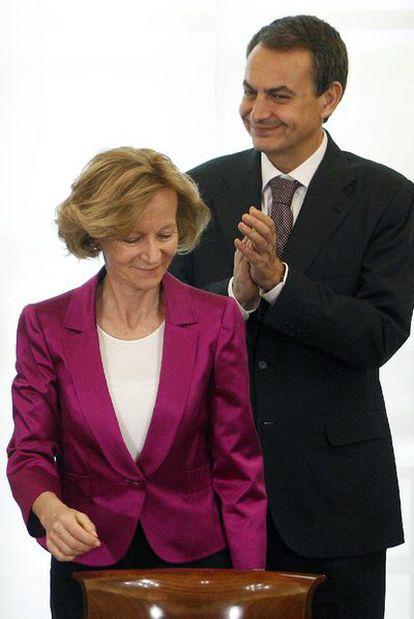El presidente Zapatero junto a Elena Salgado, ayer en La Moncloa.