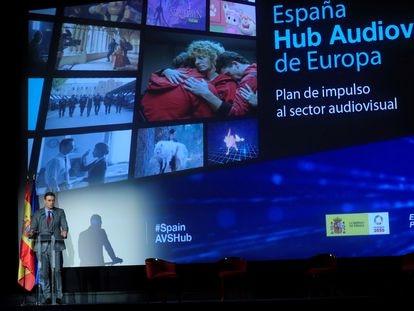 El presidente del Gobierno, Pedro Sánchez, este miércoles durante la presentación del plan de impulso al audiovisual, en el cine Doré, sede de la Filmoteca Española.