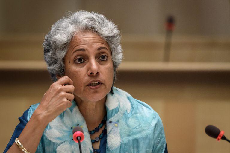 La jefa de científicos de la Organización Mundial de la Salud, Soumya Swaminathan, en una rueda de prensa.