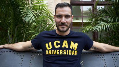 Saúl Craviotto, doble campeón olímpico de piragüismo y policía de profesión, también se ha alistado en la UCAM.