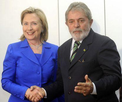 Hillary Clinton y Luiz Inácio Lula da Silva, en Brasilia.