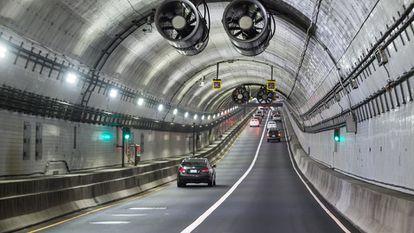 Los túneles del Elizabeth River están en la región de Hampton Roads y son unas de las vías más transitadas del área metropolitana de Virginia Beach-Norfolk-Newport News.