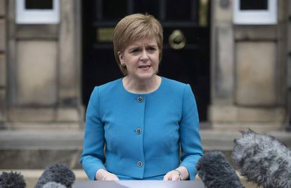 Nicola Sturgeon en una comparecencia el sábado en Edimburgo.