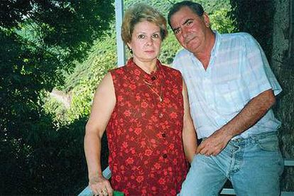 Fernando Bernaldo de Queirós y su esposa, Julia.