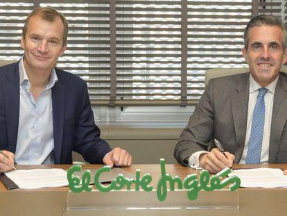 Meinrad Spenger, consejero delegado de MásMóvil, y Víctor del Pozo, consejero delegado de El Corte Inglés, en una imagen facilitada por las dos empresas.