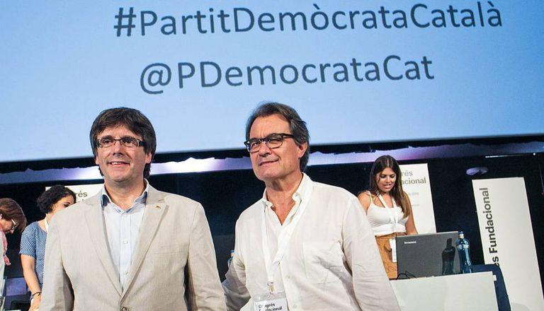 Carles Puigdemont y Artur Mas (derecha), en una imagen de archivo.