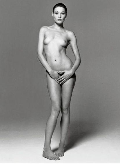 Carla Bruni, fotografiada por Michel Comte.