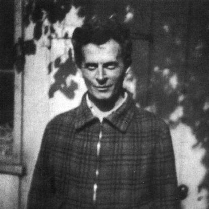 Ludwig Wittgenstein, fotografiado por Norman Malcom en 1939 en Cambridge (imagen del libro Ludwig Wittgenstein, de ray Monk).