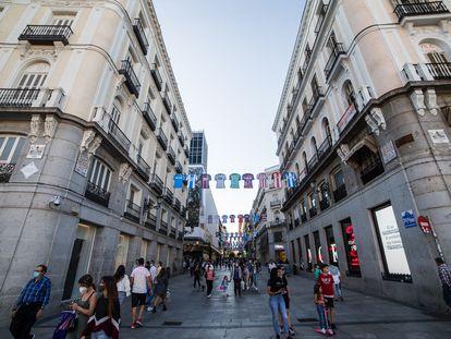 La madrileña calle de Preciados, este martes.