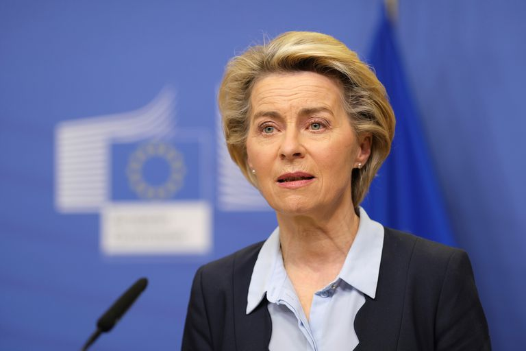 The President of the European Commission, Ursula Von der Leyen, announces the agreement with CureVac