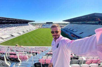 David Beckham la semana pasada en un 'selfie' que se hizo en el Al Lang Stadium donde jugará su equipo, Inter Miami.