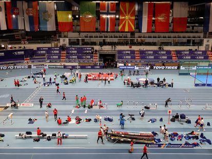 Jornada de entrenamiento en la Torun Arena, antes de la inauguración.