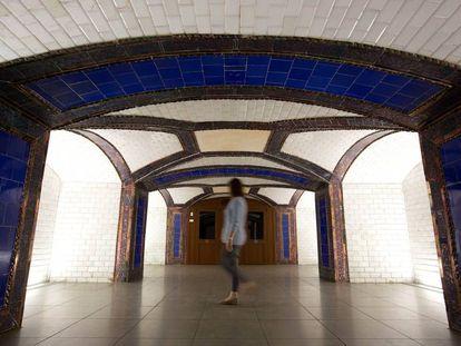 Antiguo vestibulo de la esión de metro de Pacifico que fue obra del arquitecto Antonio Palacios.