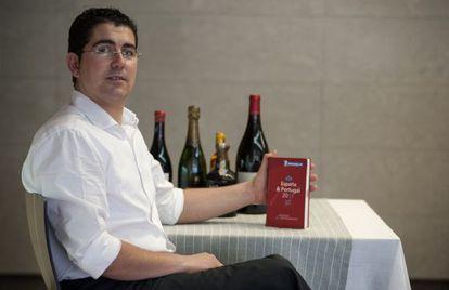 Julio Biosca, jefe de sala y propietario del restaurante Casa Julio.