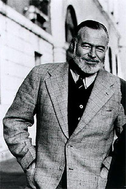 Ernest Hemingway, fotografiado en 1950 en Venecia por su amigo Aaron Edward Hotchner.
