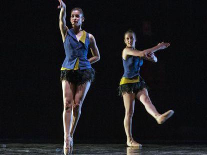 Un momento del ensayo del espectáculo 'Clàssics', del Ballet de la Generalitat.