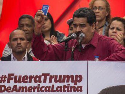 """El presidente venezolano ordena a la presidenta de la recién instalada Asamblea Constituyente, Delcy Rodríguez, que abra un proceso """"contra todos los vendepatria que están apoyando la invasión norteamericana"""", en clara alusión a la oposición"""