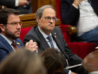 El vicepresidente, Pere Aragonès y el president Quim Torra en el pleno del Parlament.